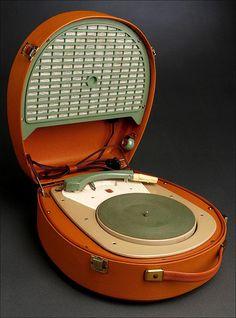 Original Tocadiscos Portátil Philips, 1.958. Funcionando a la Perfección. Con Todas las Velocidades