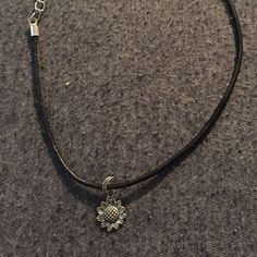 Jewelry - sunflower choker