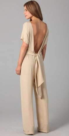 I love this jumpsuit. I think you have to be tall to really pull it off though.
