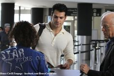 Henry-Cavill-Arriving-for-a-Flight-at-LAX-February-11-2012-13 by The Henry Cavill Verse, via Flickr