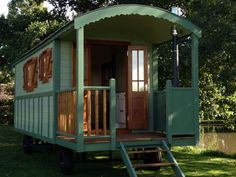 Fernhills – Gypsy Caravan and Roulotte Builders | Tiny House Living