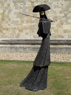 "The Sword Master - Philip Jackson  Bronze Edition : 8 Height : 220 cm / 86"" Width : 113 cm / 44"" Depth : 90 cm / 36"""