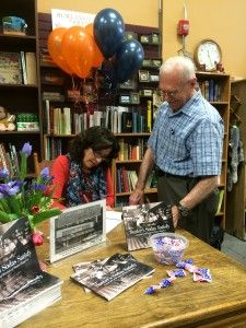 How to sell out at a book signing without being a celebrity by guest columnist Jane Sutter Brandt - See more at: http://buildbookbuzz.com/how-to-sell-out-at-a-book-signing-without-being-a-celebrity/#sthash.DInvjfDk.dpuf