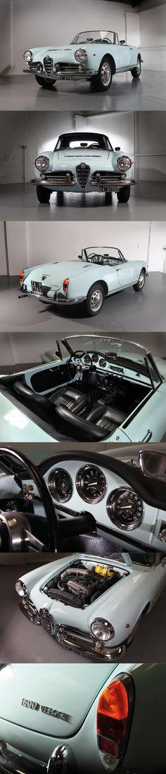 1965 Alfa Romeo Giulia Spider Veloce 1600 / Italy / blue / Pininfarina
