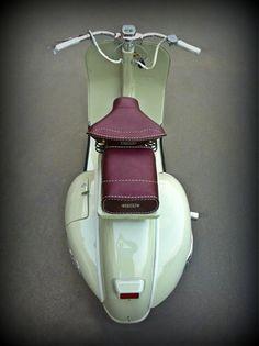 1955 Vespa 125 - VN 1 T | Classic Driver Market