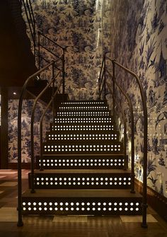 208 Duecento Otto Restaurant and Bar, Hong Kong. Design by Autoban.