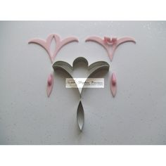 TIFFANY (A) CUTTER SET FROM SUGAR ARTISTRY BY STEPHEN BENISON