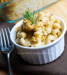 Carrie's Experimental Kitchen: Rosemary & Goat Cheese Mac n' Cheese