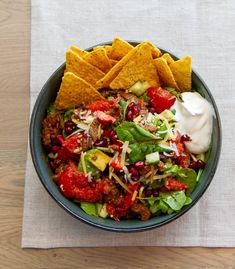 Tex Mex, Cobb Salad, Nom Nom, Food And Drink, Vegetarian, Ethnic Recipes, Red Peppers