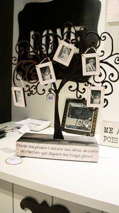 Maravilhoso!!!! - Árvore mini porta-retrato, de MDF com ferro, da Les Maries. R$ 290.