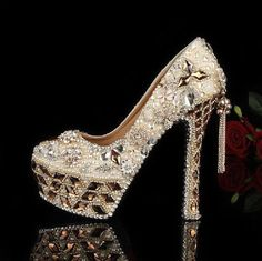 Luxury high heel shoes with diamonds, tassel and pearls