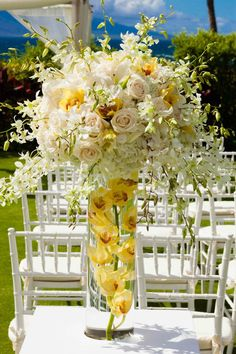 Enjoy the warm sunshine and light yellow hue in the outdoor wedding ceremony, wi. Enjoy the warm sunshine and light yellow hue in the outdoor wedding ceremony, with blush and yellow centerpieces, diy we. Light Yellow Weddings, Yellow Wedding Colors, Yellow Wedding Dress, Yellow Theme, Colour Yellow, Outdoor Wedding Decorations, Wedding Centerpieces, Yellow Centerpieces, Outdoor Weddings