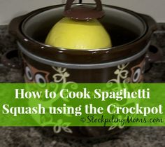 Crockpot Spaghetti Squash is the easiest and BEST way to make spaghetti squash! I love having spaghetti squash in place of pasta noodles because it is so much healthier for you and is low carb, Slow Cooker Freezer Meals, Crock Pot Cooking, Slow Cooker Recipes, Gourmet Recipes, Crockpot Recipes, Cooking Recipes, Healthy Recipes, Lean Recipes, Cooking Hacks
