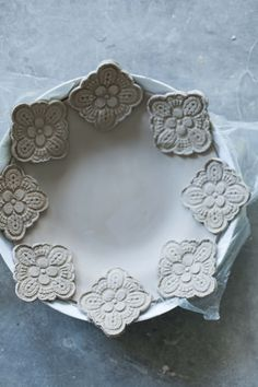 plate w/ medallions