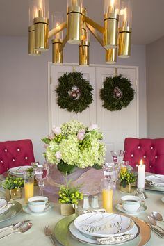 Emily Ruddo Design. Christmas breakfast table top. Boxwood wreaths