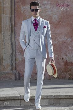 74a9b910c5c7 Summer italian groom suit for men in pearl grey fabric. Suit ONGala 2184  Completi Da