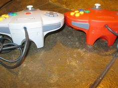 Lot of 2 Original Nintendo 64 Controller -Bubble gum Red an Grey N64 Tight Stick #Nintendo