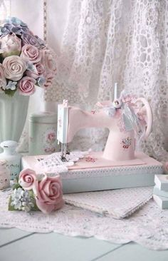 Shabby Chic Vignette... I want to paint or whatever our old sewing machine kinda like they did on this one!