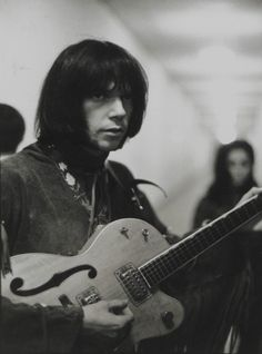Neil backstage at a Buffalo Springfield concert