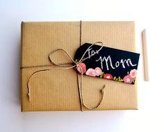 Reuse old business cards :: DIY Chalkboard Gift Tags