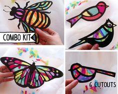 Proyecto de arte de niños mariposa Suncatcher por HelloSprout