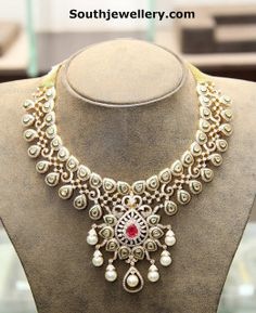 Hiya Indian Diamond and Polki Necklace Pakistani Jewelry, Indian Wedding Jewelry, Indian Jewelry, Bridal Jewelry, Gold Jewelry, Schmuck Design, Necklace Designs, Jewelry Design, Bracelets