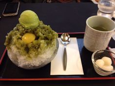 Chipped ice of the powdered green tea eaten in Kyoto