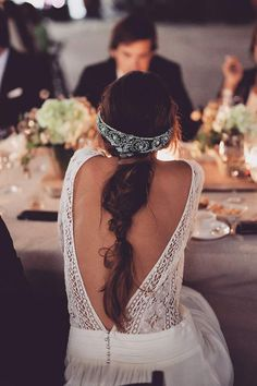 Gatsby the Magnificent Hochzeit Inspiration Pailletten amp Chantilly Bridal Fascinator, Bridal Braids, Bridal Headpieces, Bridal Hair, 1920s Wedding, Boho Wedding, Wedding Bride, Wedding Posing, 1920s Party