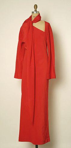 1976 Halston Evening dress Metropolitan Museum of Art, NY See more museum vintage dresses at http://www.vintagefashionandart.com/dresses