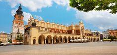 Découvrez Cracovie et ses alentours en 3 jours Road Trip Europe, Blog Voyage, Eurotrip, Krakow, Warsaw, Poland, Taj Mahal, Places To Visit, Louvre
