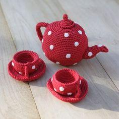 knitting + polka dots + tea = perfection