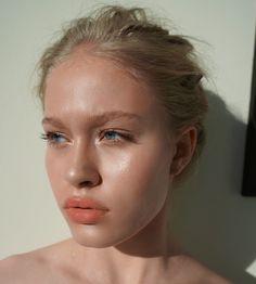 Makeup by Sarah Redzikowski on Rayne Allred, Las Vegas makeup artist, Los Angeles Makeup Artist, Hair Stylist, Expert, Bridal, Wedding, Editorial, Beauty, Waves, Hair, glow, highlight, contour, glam