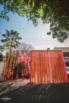 When the bride is the creative head at Rani Pink, you are bound to expect wedding decor that is out of the ordinary. But this neon pink Mehendi may just come in our dreams tonight, it is so darn adorable. Wedding Entrance, Wedding Mandap, Entrance Decor, Sikh Wedding, Wedding Receptions, Destination Wedding, Chic Wedding, Wedding Trends, Wedding Ideas