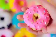 ARTESANATO COM QUIANE - Paps,Moldes,E.V.A,Feltro,Costuras,Fofuchas 3D: Faça donuts com meias #DIY ✂️