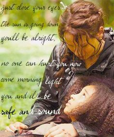 "Rue's death hurt me the mos because she was so young and innocent and she didn't have to die that way... :'("""""""""""""""""""""""""""""""""""""""""""""" THE FEELS"