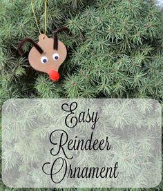 Cute and easy handmade reindeer ornament craft for preschoolers!