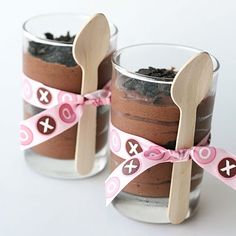 Love this idea--but I would get the Dollar Tree plastic goblet cups and modify according to season or event. --Diane