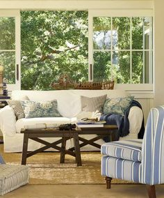 I would kill for a Pottery Barn living room. Since I was little I dreamed about my Pottery Barn living room. Barn Living, Home And Living, Coastal Living, Cottage Living, Cozy Living, Living Room Designs, Living Room Decor, Living Spaces, Furniture Upholstery