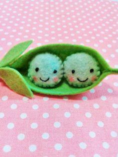 Felt Two Peas in a Pod Key Chain Felt peas by BeckyLynnCreations