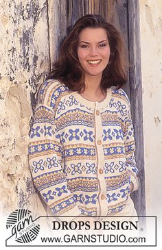 """DROPS 38-18 - DROPS jacket with pattern borders in """"Safran"""". - Free pattern by DROPS Design"""