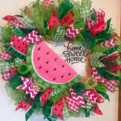 Trendy diy dco summer mesh wreaths Ideas - Trendy diy dco summer mesh wreaths Ideas The Effective Pictures We Offer You About diy muebles A q - Fall Deco Mesh, Deco Mesh Wreaths, Door Wreaths, Wreath Crafts, Diy Wreath, Wreath Making, Wreath Ideas, Summer Deco, Chevron