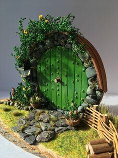 New fairy door diy hobbit hole 47 ideas Diy Fairy Door, Fairy Garden Doors, Fairy Doors, Diy Door, Fairy Gardens, Hobbit Door, The Hobbit, Woodland Lights, Doors