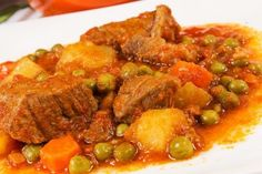 Spezzatino (Beef Stew), an Authentic Italian Recipe from our kitchen to yours. Italian Soup, Italian Dishes, Italian Cooking, Italian Meats, Italian Foods, Cooking Wine, Meat Recipes, Cooking Recipes, Dishes Recipes