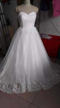 robe de mariée en tulle et dentelle sans perle