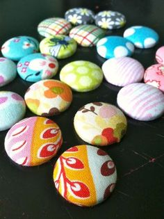 Little Bit Funky: how to make fabric covered buttons!