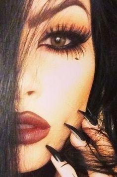 Stunning goth inspired makeup