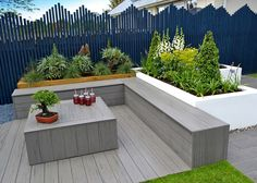 Our EasyClean decking appeared on Love Your Garden with Alan Titchmarsh last night. So why did Alan and the team use our composite decking? Luxury Landscaping, Outdoor Decor, Plastic Decking, Deck Pictures, Backyard Landscaping Designs, Garden Furniture, Garden Design, Contemporary Garden, Outdoor Furniture Sets