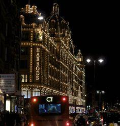 Northern Light London Christmas Streets1