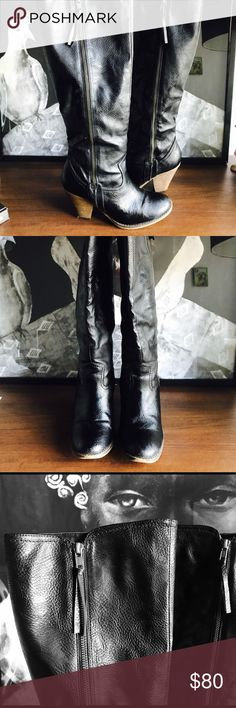 OVER-the-KNEE BLACK LEATHER BOOTS / cowboy style An absolute gem! Over the knee! Faux Black Leather! Amazing thick good quality. Brand spankin' new. The heel is a 2 in cowgirl style and it is incredibly comfy while at the same time giving you that extra height. Gold hardware throughout. Zippers runs through the ENTIRE shoe, giving them a super unique look. Perfect for wide calfs. These babies will STAY UP! That's how you can tell a quality over-the-knee boot. New, no tags. Approx 20 in…