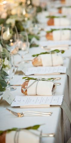 A little loaf of bread for each guest. How cute. ) & Love the inidual loafs of bread at each place setting | Tuscan Or ...